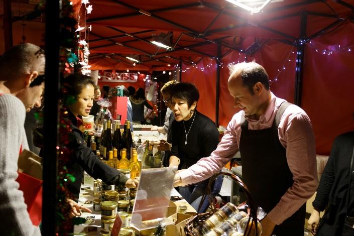 christmas-market-stall-copy